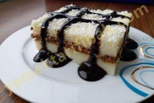 Kakaolu bisküvili  İrmikli sütlü  pasta